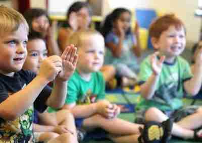 Comunicación Gestual y Desarrollo Socio-Emocional